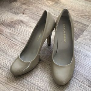 Franco Sarto leather heels - nude taupe color